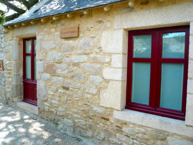 Fenêtre et porte fenêtre en bois À l'ancienne Menuiserie Helleux